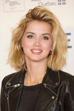 Full Ana de Armas filmography who acted in the movie Knock Knock.