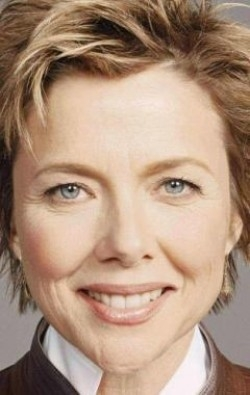 Full Annette Bening filmography who acted in the movie In Dreams.