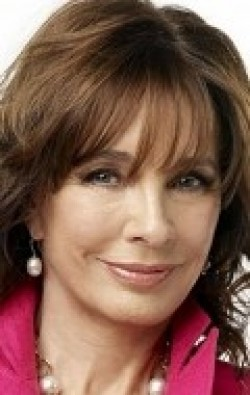 Full Anne Archer filmography who acted in the movie Clear and Present Danger.