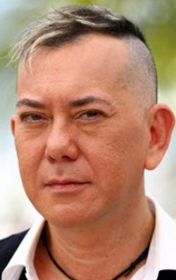 Full Anthony Wong Chau-Sang filmography who acted in the movie The Medallion.
