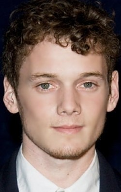 Full Anton Yelchin filmography who acted in the movie Along Came a Spider.