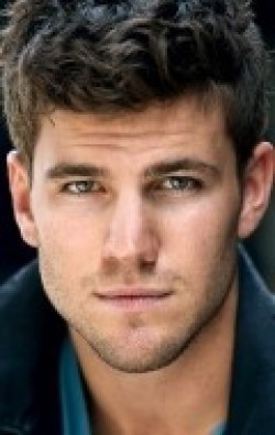 Full Austin Stowell filmography who acted in the movie Dolphin Tale.