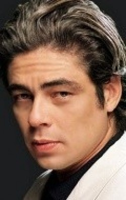Full Benicio Del Toro filmography who acted in the movie Swimming with Sharks.