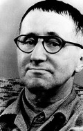 Full Bertolt Brecht filmography who acted in the movie Theater of War.