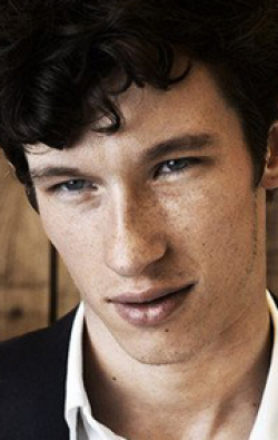 Full Callum Turner filmography who acted in the movie Victor Frankenstein.