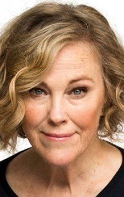 Full Catherine O'Hara filmography who acted in the movie There Goes the Neighborhood.
