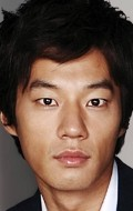 Full Cheon-hee Lee filmography who acted in the movie Baramnan gajok.