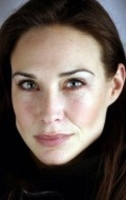 Full Claire Forlani filmography who acted in the movie The Medallion.