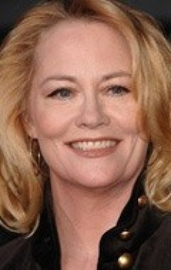 Full Cybill Shepherd filmography who acted in the movie Signs and Voices.