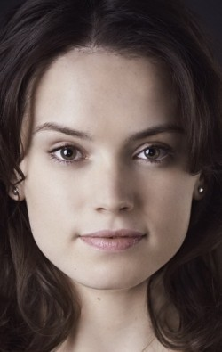 Full Daisy Ridley filmography who acted in the movie Star Wars: Episode VII - The Force Awakens.