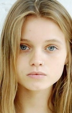 Full Abbey Lee filmography who acted in the movie Ruben Guthrie.