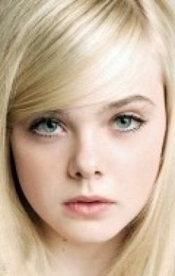 Full Elle Fanning filmography who acted in the movie Somewhere.