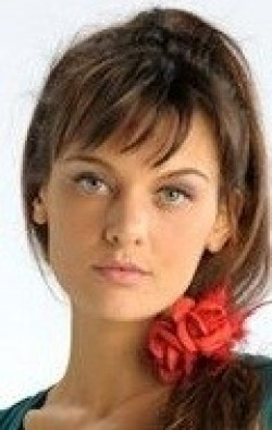 Full Frankie Shaw filmography who acted in the movie The Pretty One.