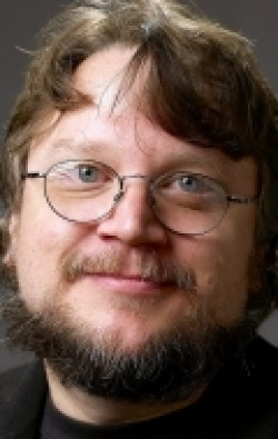 Full Guillermo del Toro filmography who acted in the movie Extraordinary Tales.
