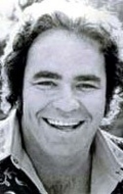 Full Hoyt Axton filmography who acted in the movie Gremlins.