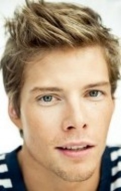 Full Hunter Parrish filmography who acted in the movie RV.