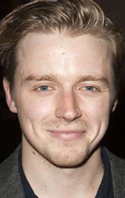 Full Jack Lowden filmography who acted in the movie '71.
