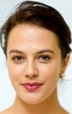Full Jessica Brown-Findlay filmography who acted in the movie Victor Frankenstein.