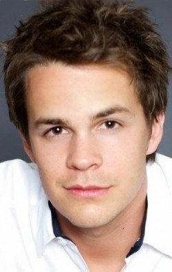 Full Johnny Simmons filmography who acted in the movie Evan Almighty.