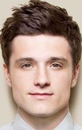 Full Josh Hutcherson filmography who acted in the movie RV.