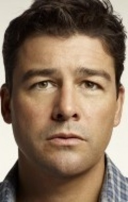 Full Kyle Chandler filmography who acted in the movie The Wolf of Wall Street.