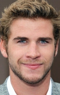 Full Liam Hemsworth filmography who acted in the movie Paranoia.