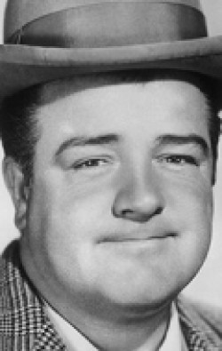 Full Lou Costello filmography who acted in the movie Abbott and Costello Meet the Invisible Man.