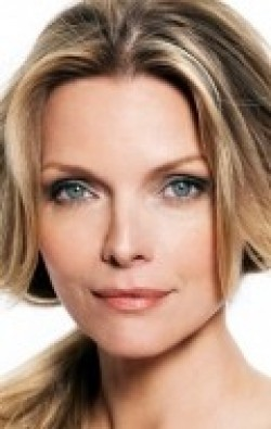 Full Michelle Pfeiffer filmography who acted in the movie What Lies Beneath.