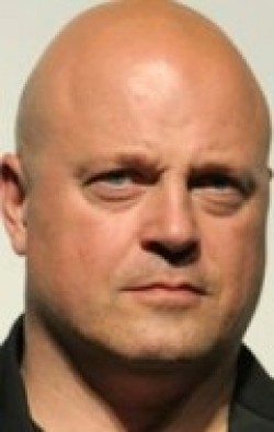 Full Michael Chiklis filmography who acted in the movie Eagle Eye.