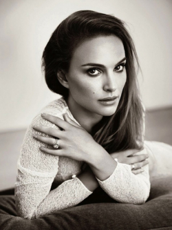 Full Natalie Portman filmography who acted in the movie Star Wars: Episode II - Attack of the Clones.