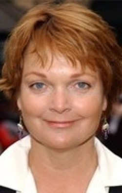 Full Pamela Reed filmography who acted in the movie Eyewitness.