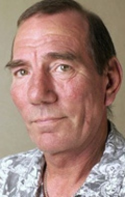 Full Pete Postlethwaite filmography who acted in the movie ?on Flux.