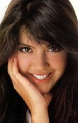 Full Phoebe Cates filmography who acted in the movie Gremlins.
