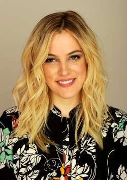 Full Riley Keough filmography who acted in the movie Mad Max: Fury Road.