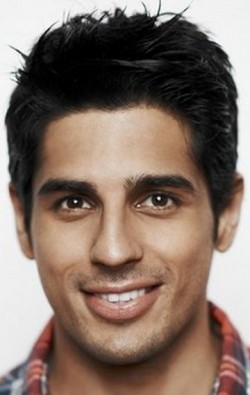 Full Sidharth Malhotra filmography who acted in the movie Hasee Toh Phasee.