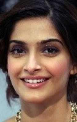 Full Sonam Kapoor filmography who acted in the movie Bewakoofiyaan.
