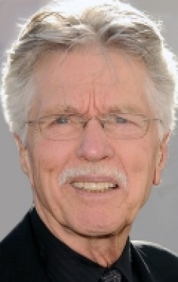 Full Tom Skerritt filmography who acted in the movie Tears of the Sun.