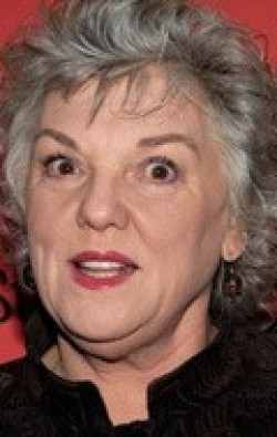 Full Tyne Daly filmography who acted in the movie In Search of America.