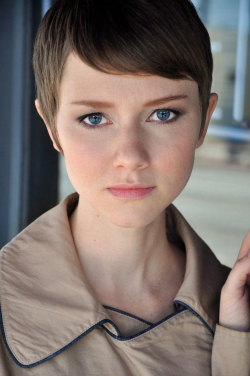 Full Valorie Curry filmography who acted in the movie American Pastoral.