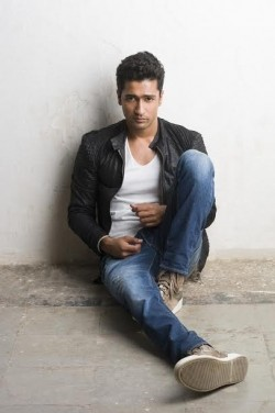 Full Vicky Kaushal filmography who acted in the movie Bombay Velvet.