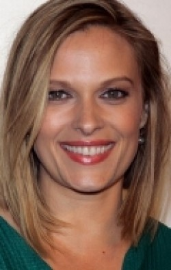 Full Vinessa Shaw filmography who acted in the movie La despedida.