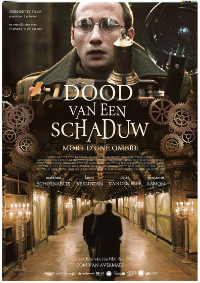 Dood van een Schaduw cast, synopsis, trailer and photos.